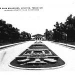 River Oaks Boulevard