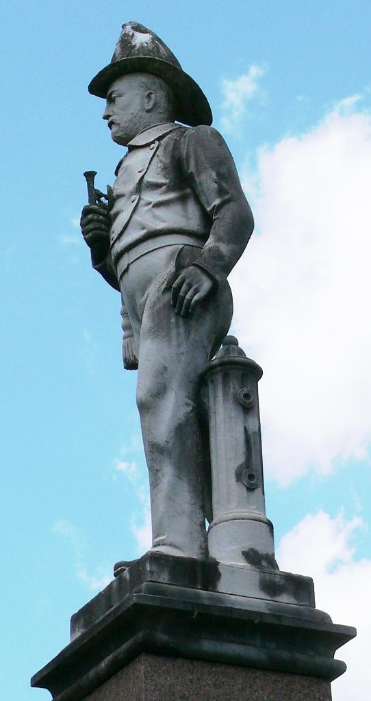 Glenwood -- Firemen's Memorial