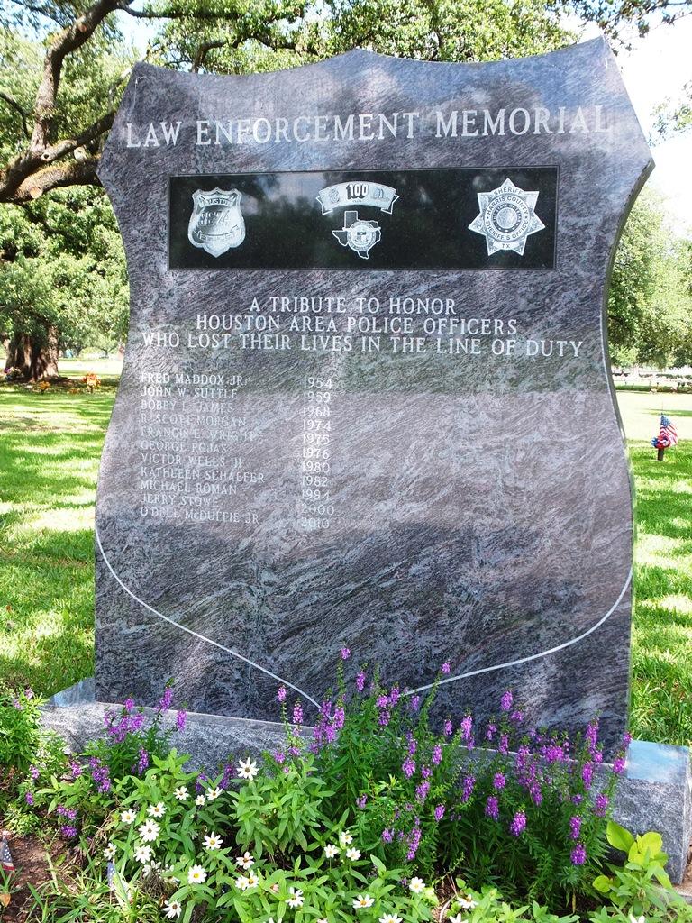 law-enforcement-memorial-2
