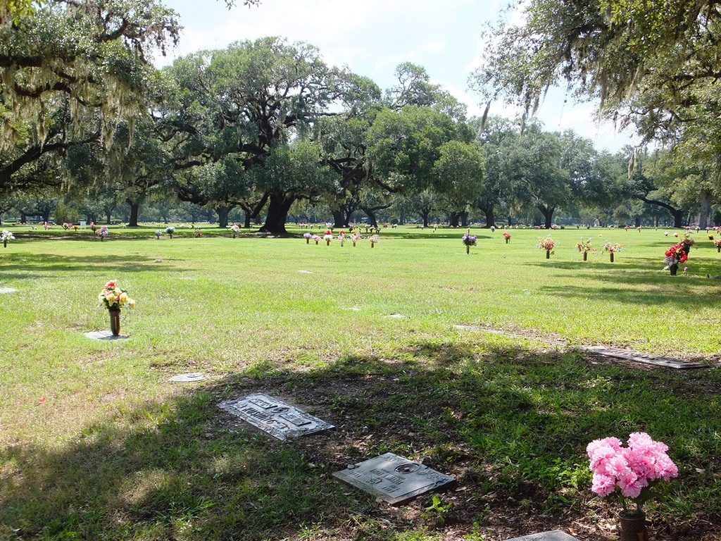 Brookside memorial park cemetery historic houston - Valley memorial gardens mission tx ...