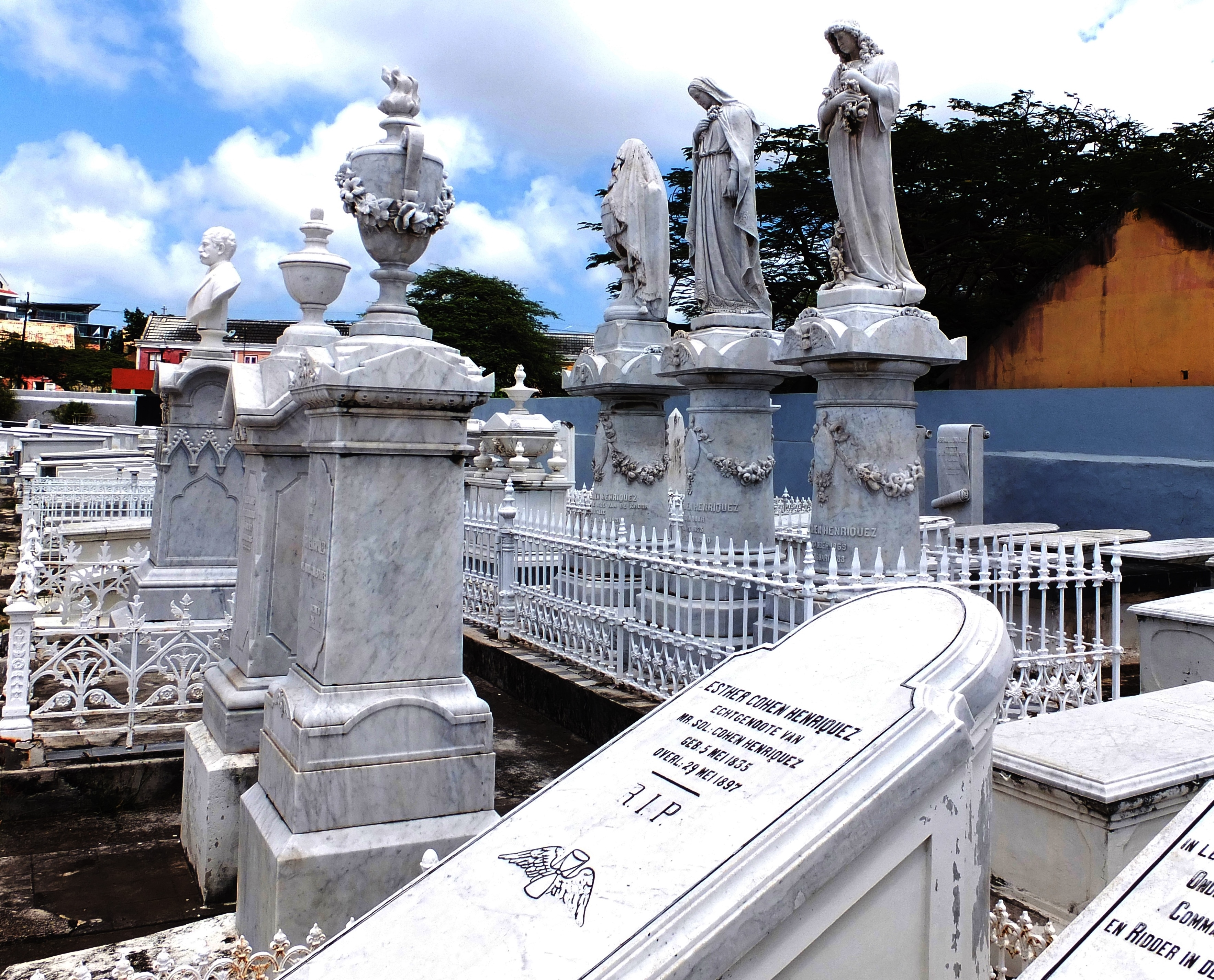 Beth Haim Cemetery, Curacao